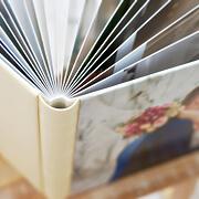 先輩夫婦の素直なメッセージを綴ったオリジナルブックプレゼント