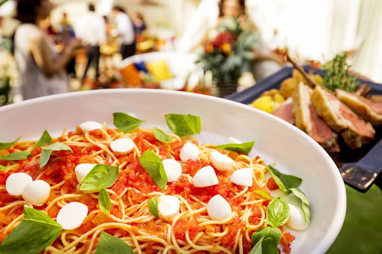 【平日限定】笑顔溢れる絶品イタリアン試食×リゾートW体感